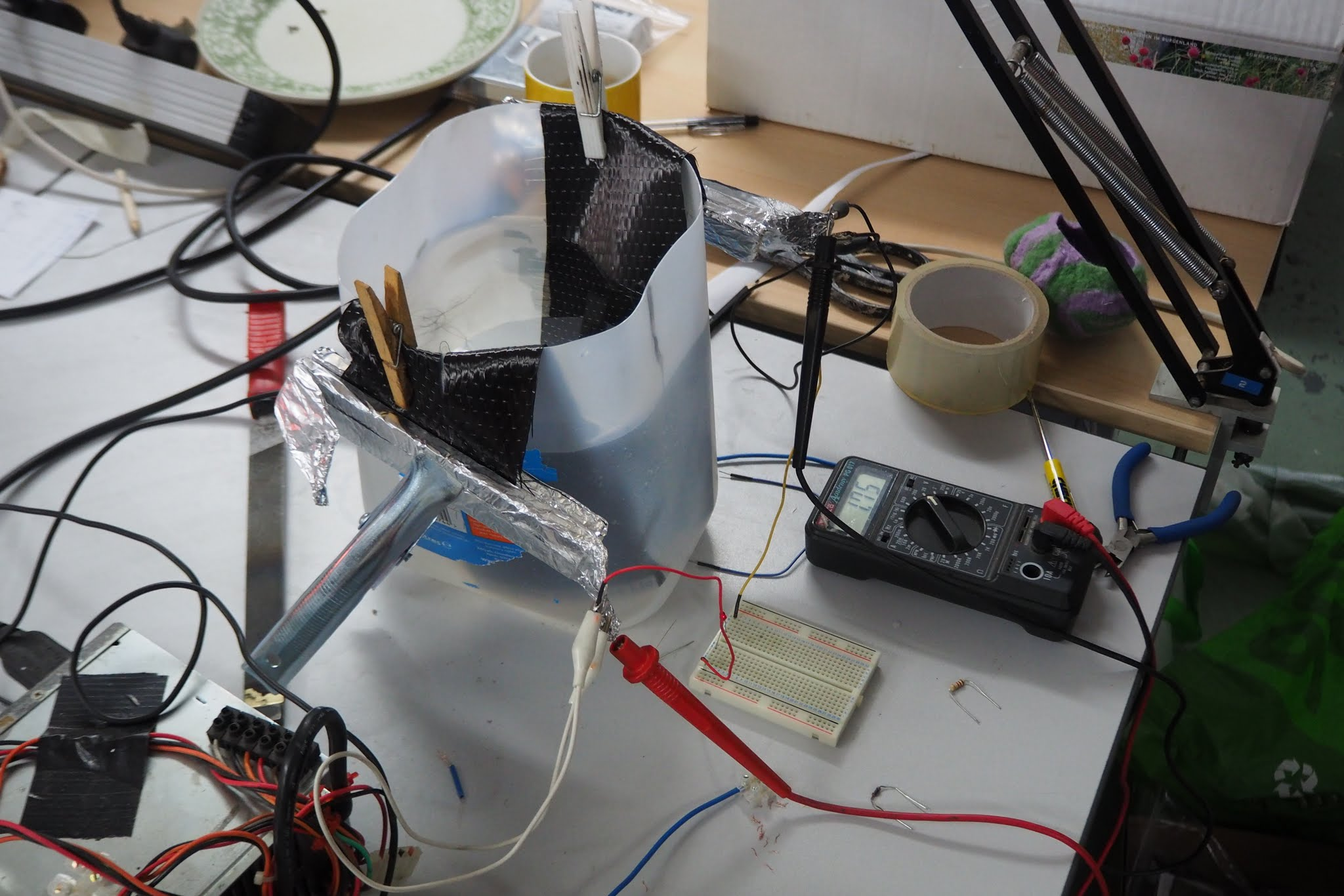 John W's graphite supercapacitor test rig